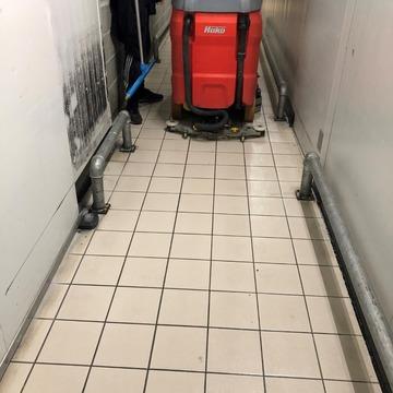 Entreprise de nettoyage dans l'Intermarché